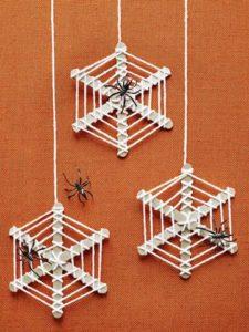 spider-wreaths